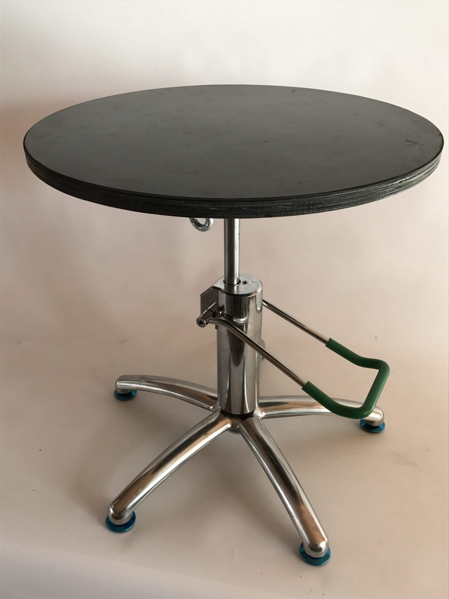 bonsaitable GreenT Basic   professional hydraulic lift bonsai turntable   Image of bonsaitable