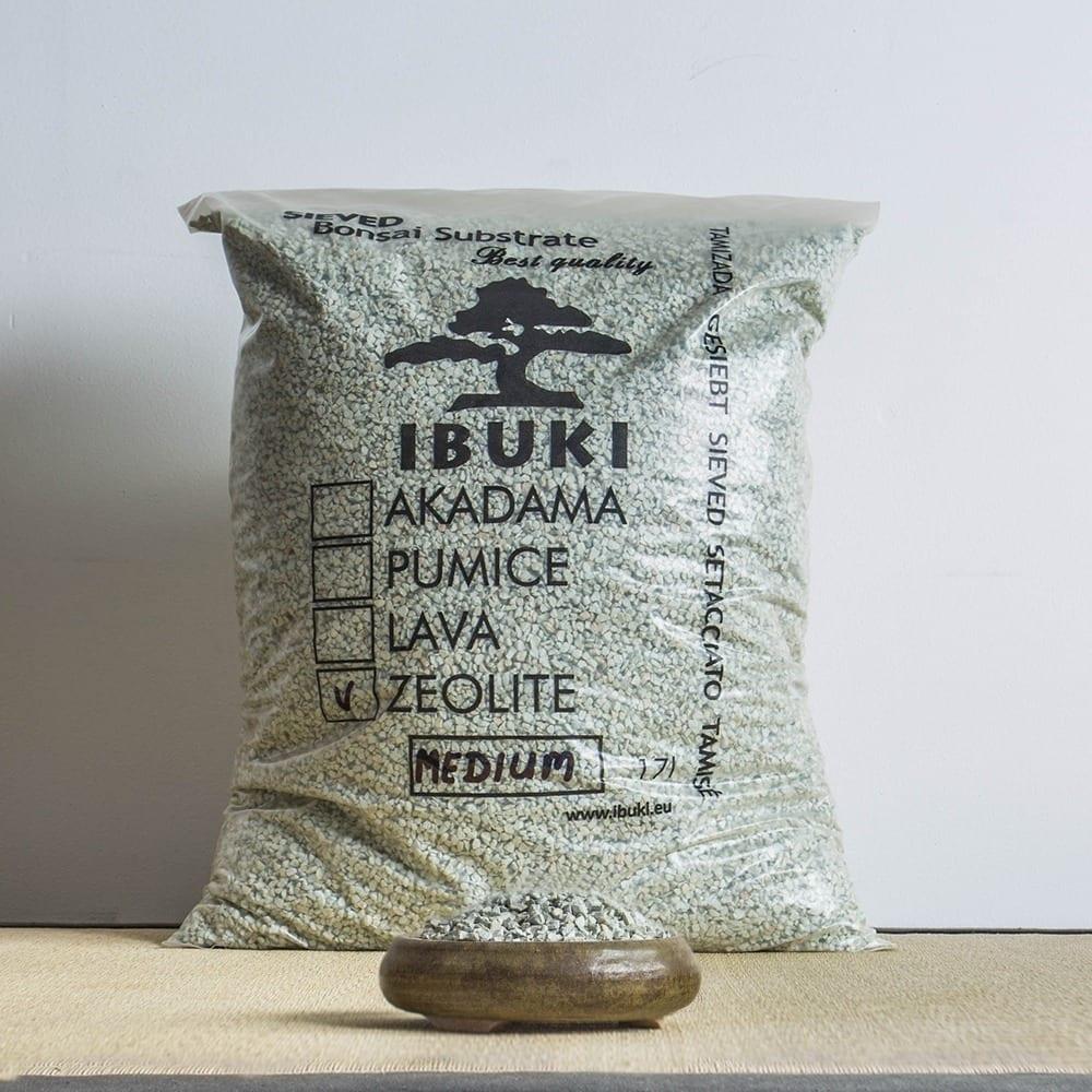 zeolite medium1 1 IBUKI BONSAI SUBSTRATE – ZEOLITE 6,5 7 mm   Image of zeolite medium1 1